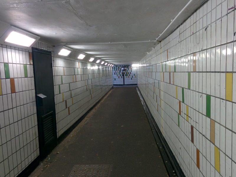 1609-477-london-loop-16-a1-subway