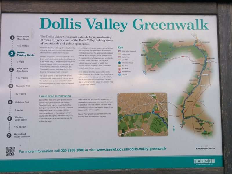 1609-494-london-loop-16-dollis-valley-greenwalk-sign